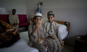 bambini pakistan
